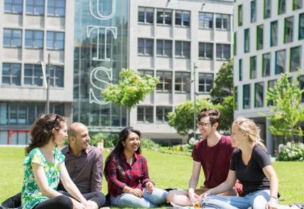 UTS – Postgraduate Academic Excellence Scholarship