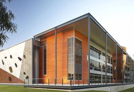 THE UNIVERSITY  WESTERN AUSTRALIA  – Global Excellence Scholarship